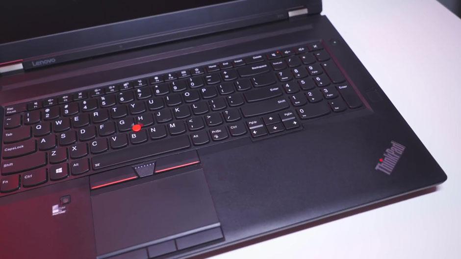bàn phím và touchpad làm việc nhập liệu